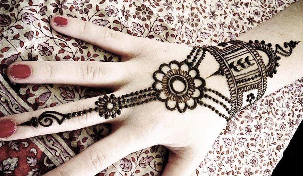 New Beautiful Pakistani Mehndi Designs