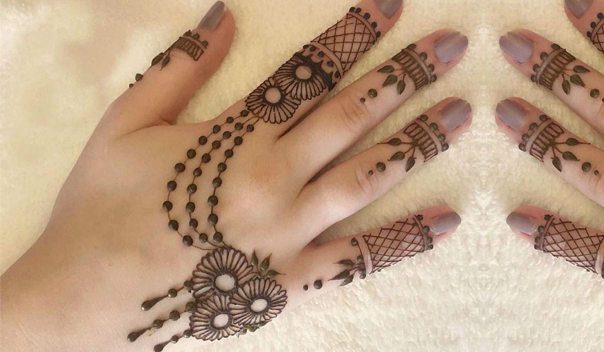Simple Hand Mehndi Designs 2021