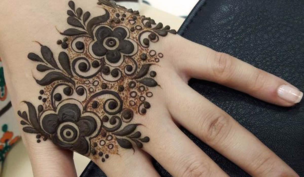 Stylish Hand Simple Mendhi Design